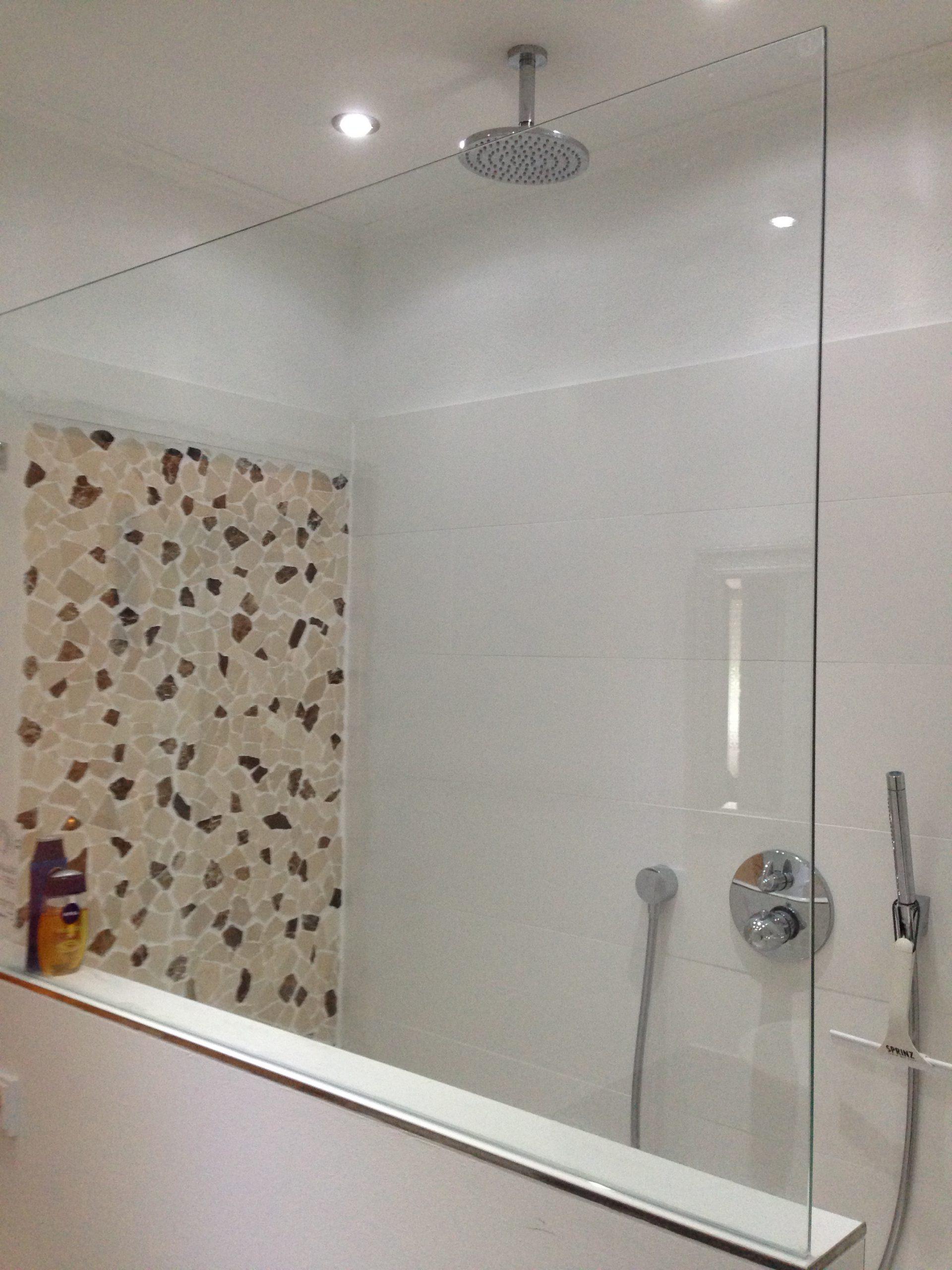 Begehbare Dusche nach Renovierung 1