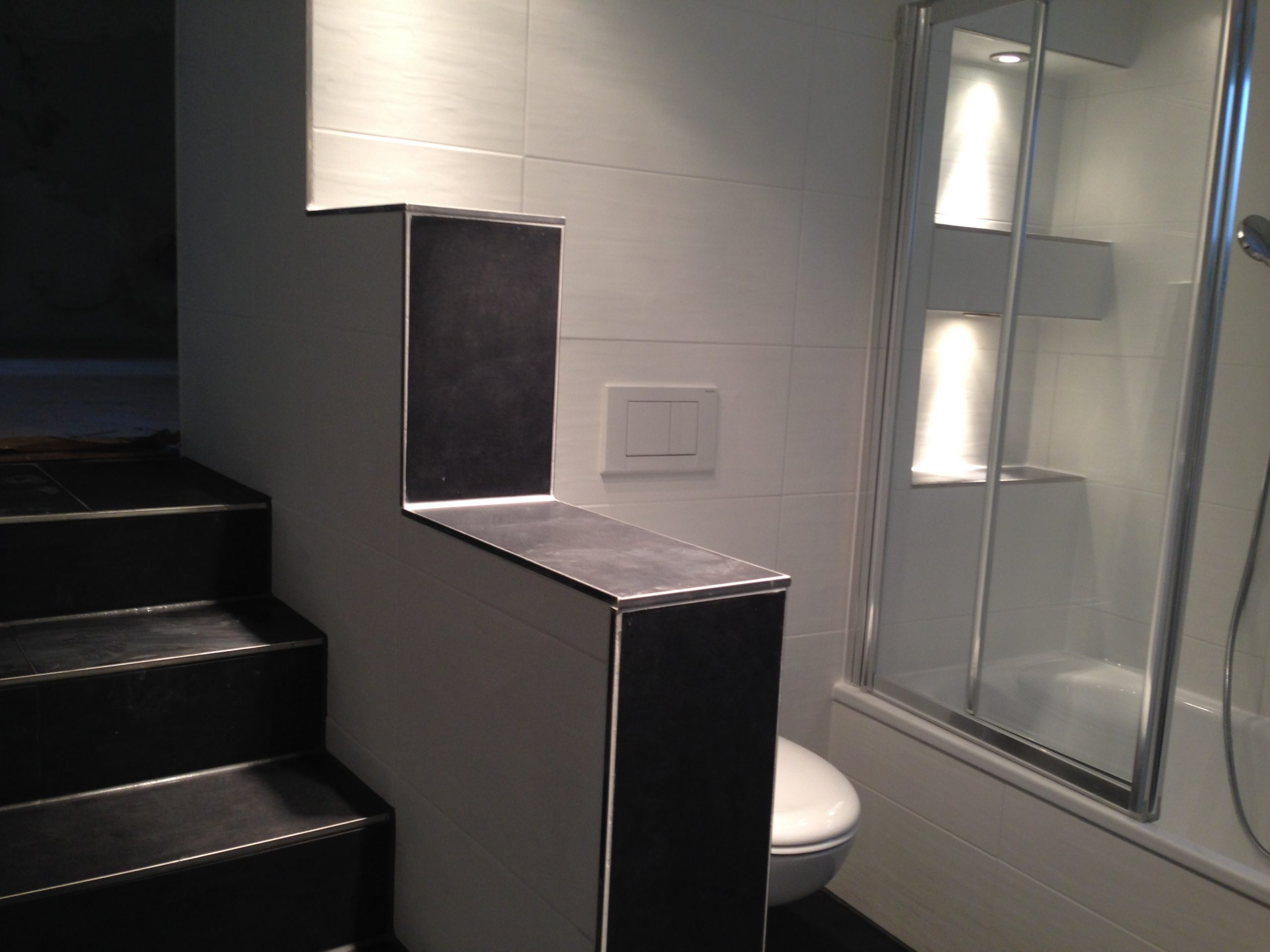 Modernes Bad nach Renovierung